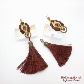 With or without Tassel