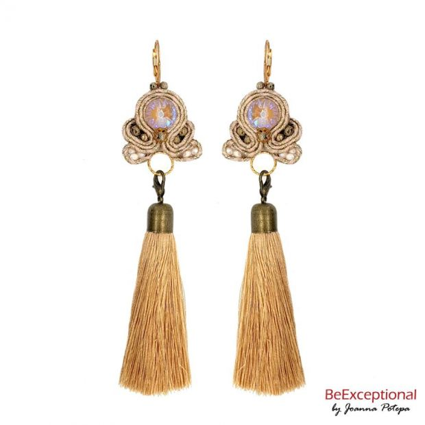 Hand embroidered earrings Brage with attached tassel.